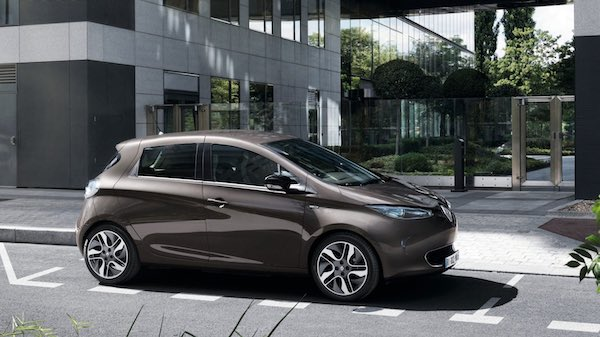 The Renault ZOE. An EV that, with ST's SiC power semiconductors, can recharge in only one hour